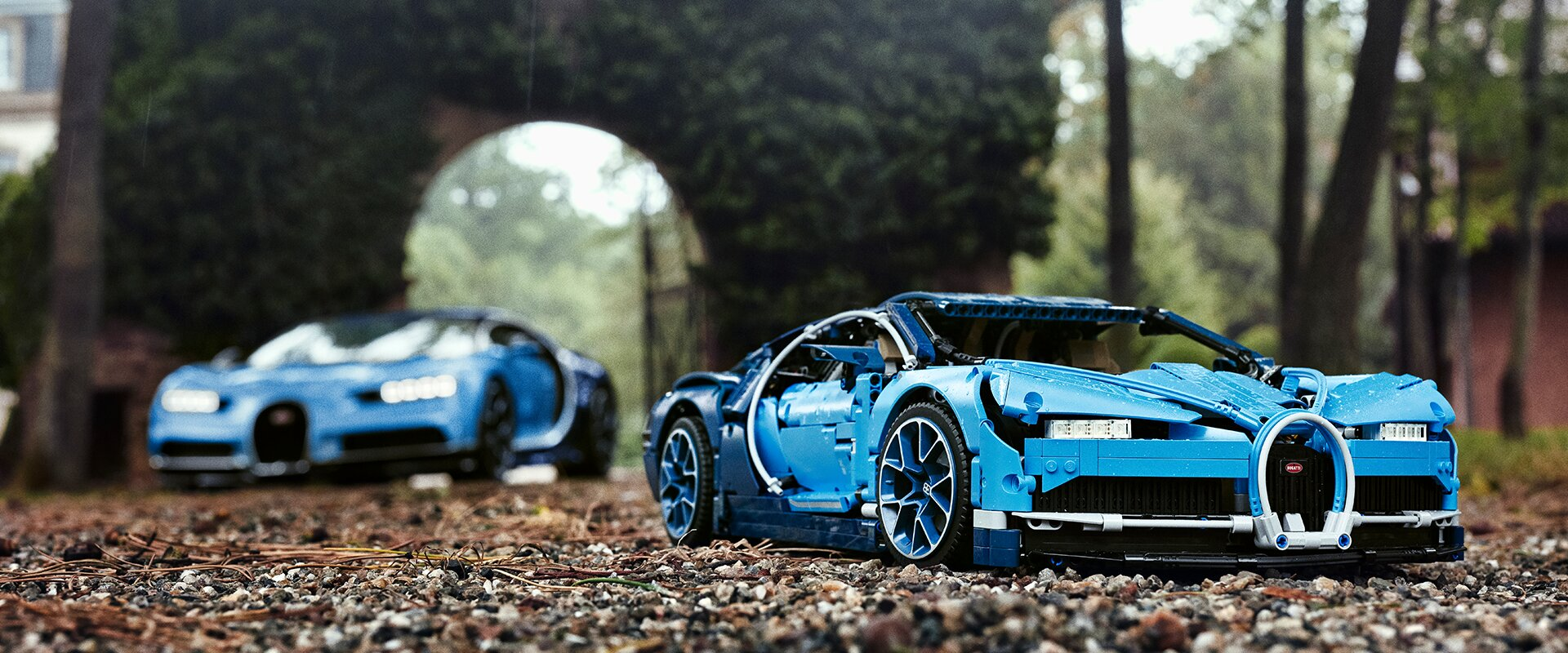 the new lego technic bugatti chiron. Black Bedroom Furniture Sets. Home Design Ideas