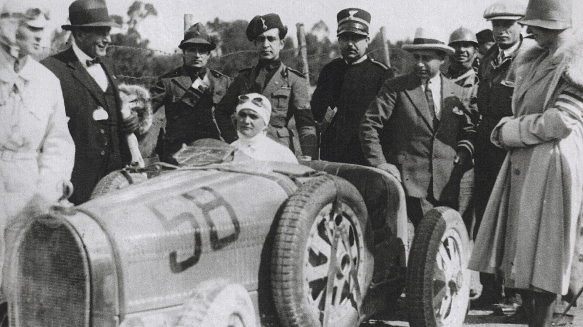 Elisabeth Junek won the hearts of the audience at the Targa Florio 1928 on  her Bugatti Type 35B