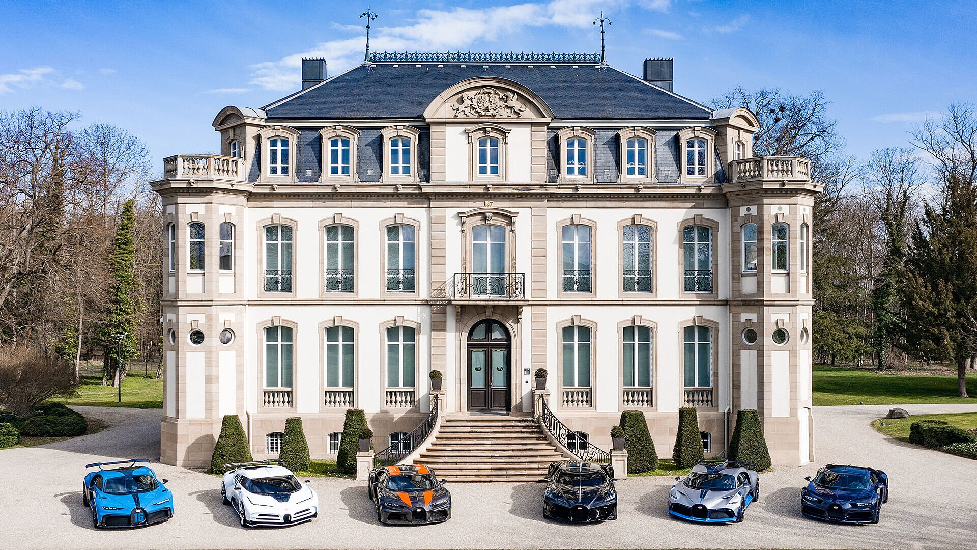 The world's most exclusive hyper sports car lineup - Image 1