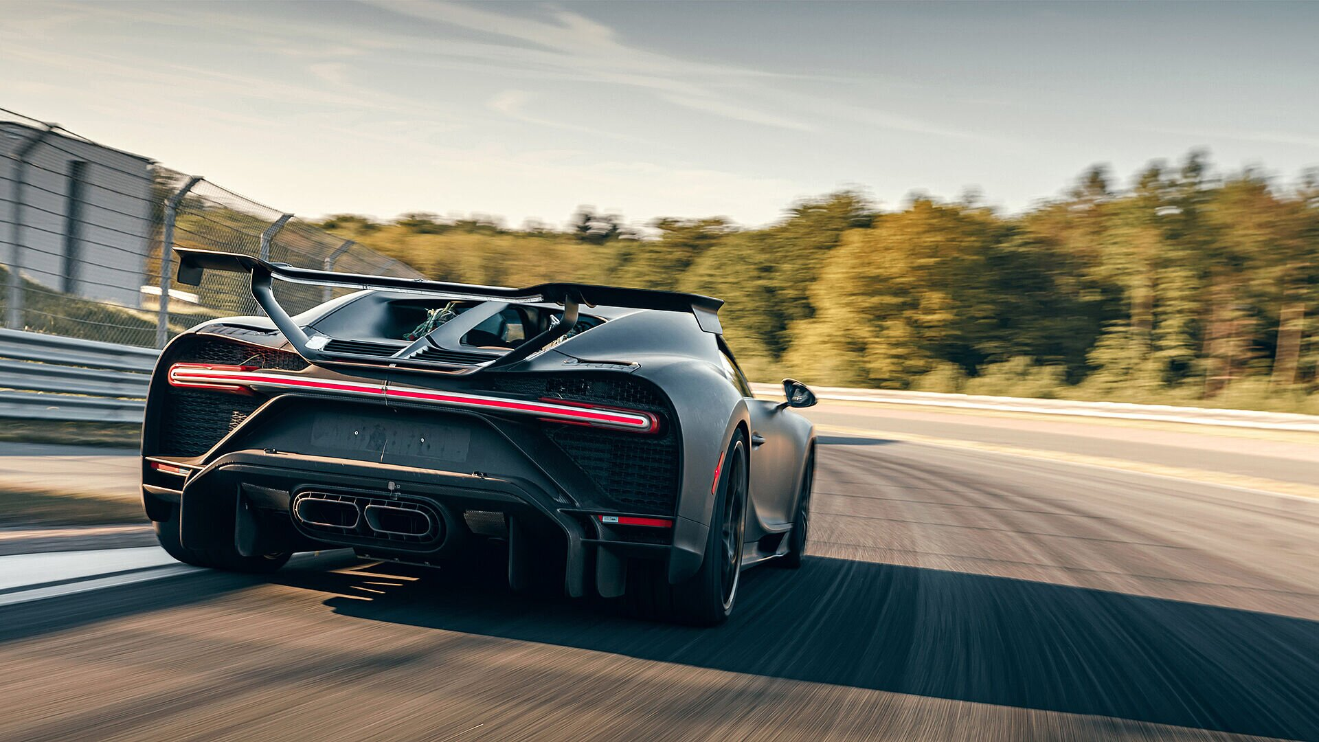 Fine-tuning the Chiron Pur Sport on the test track - Image 4