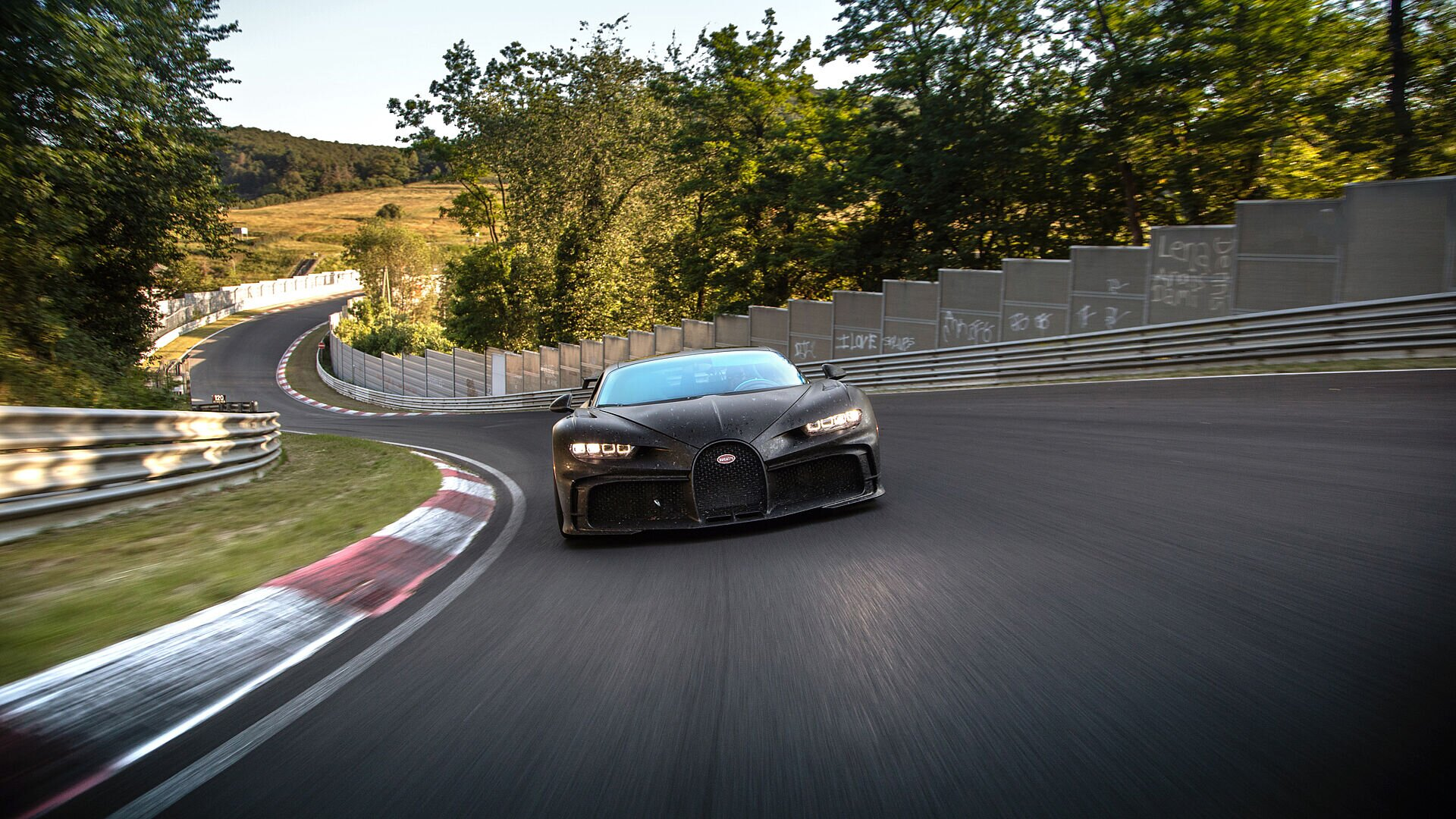 Chiron Pur Sport – final handling tests on the Nordschleife - Image 1