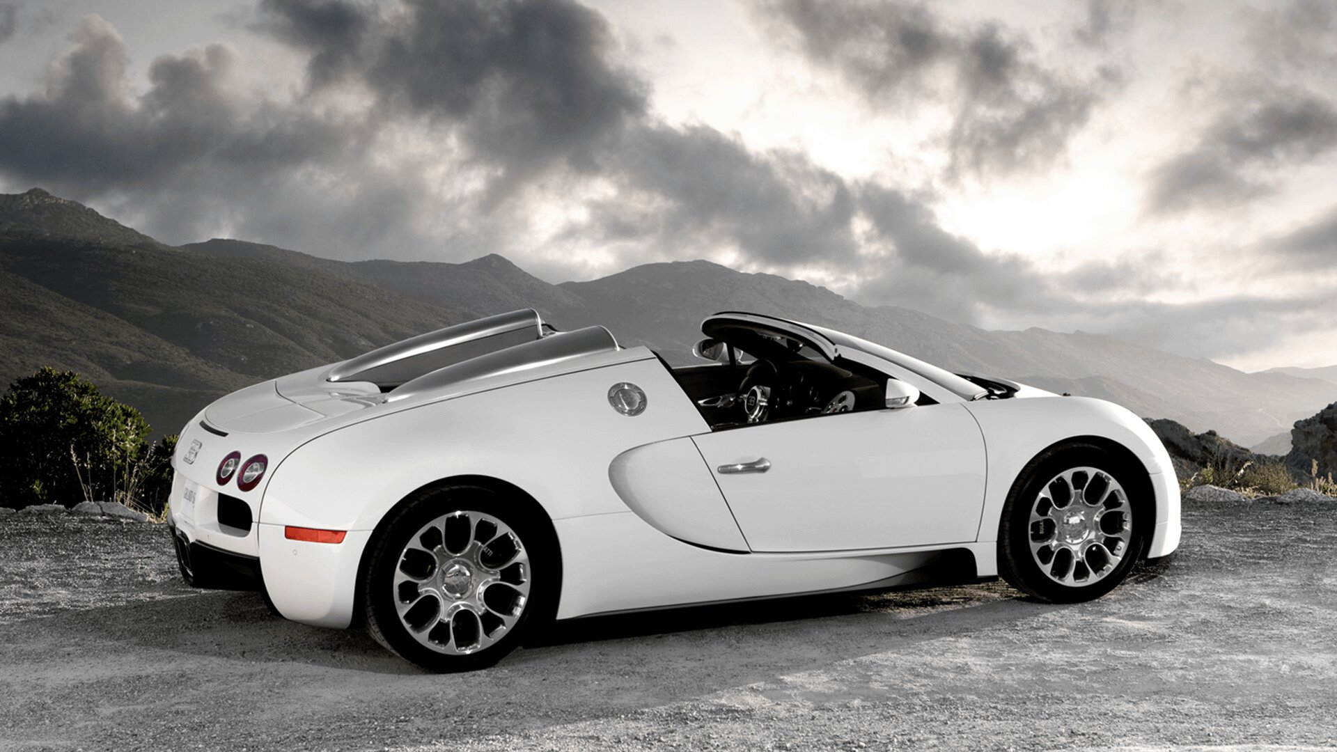 Car And Driver >> Bugatti Veyron 16.4 - Grand Sport